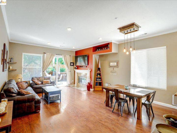 104 Heritage Way Brentwood CA Home. Photo 11 of 31
