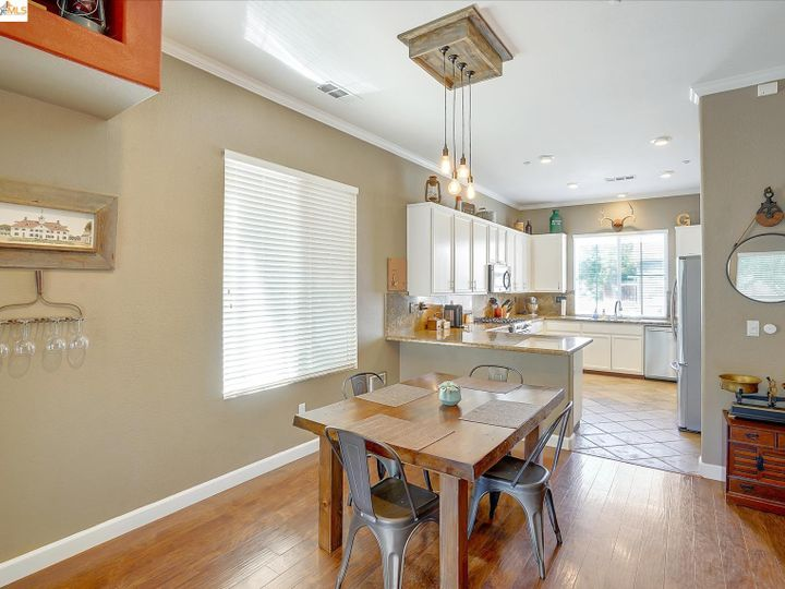 104 Heritage Way Brentwood CA Home. Photo 13 of 31