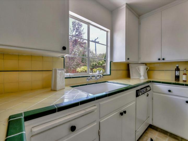 1115 Nilda Ave Mountain View CA Home. Photo 13 of 32