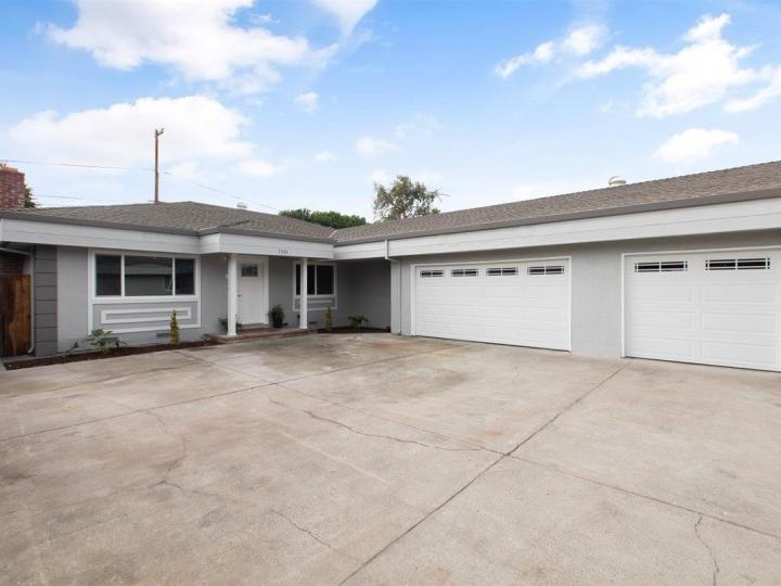 1341 San Domar Dr Mountain View CA Home. Photo 19 of 39
