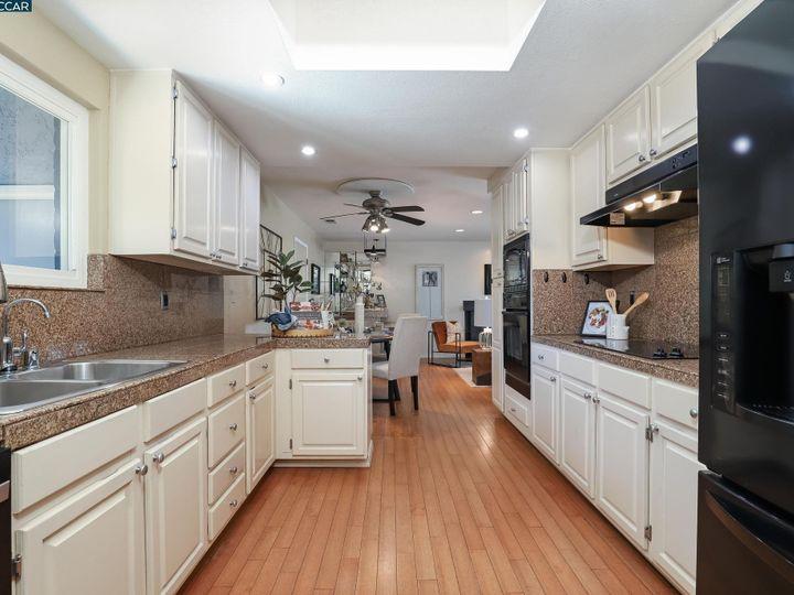 2 Saint Louis Ln Pleasant Hill CA Home. Photo 12 of 39