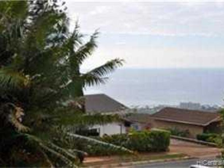 2008 Halekoa Dr Honolulu HI Home. Photo 5 of 5