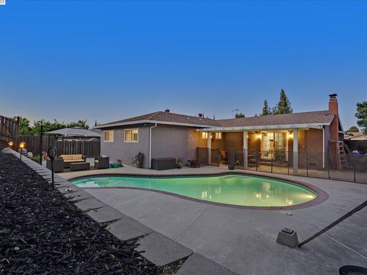 2808 Vista Way Antioch CA Home. Photo 23 of 33