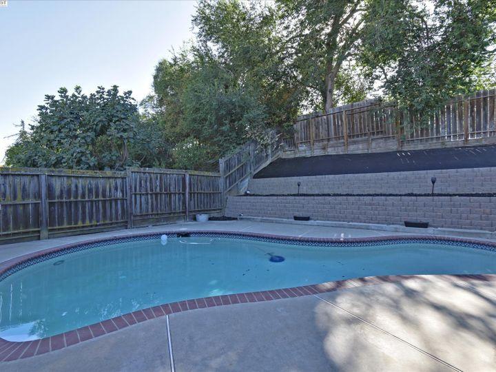 2808 Vista Way Antioch CA Home. Photo 24 of 33