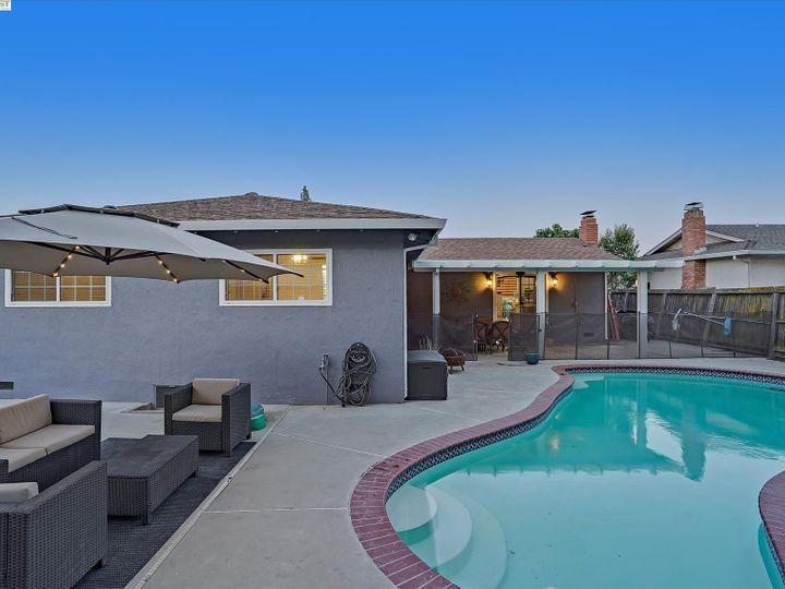 2808 Vista Way Antioch CA Home. Photo 25 of 33