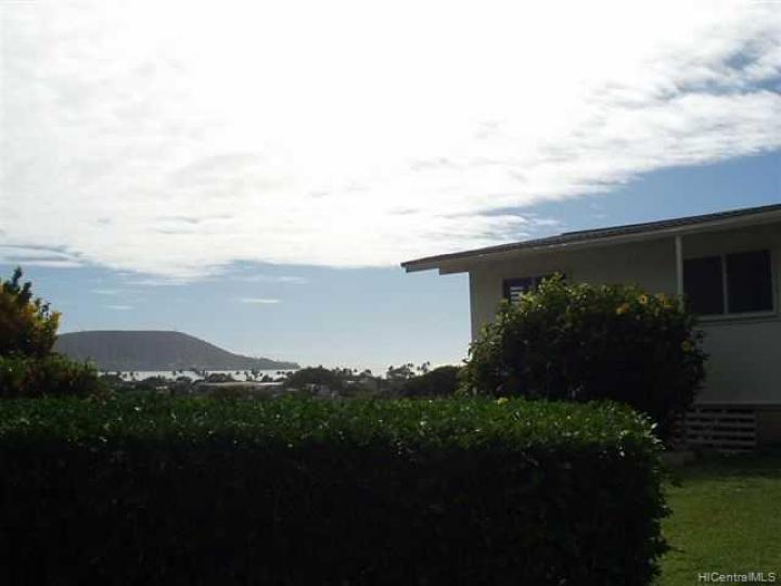 301 Anonia St Honolulu HI Home. Photo 1 of 6