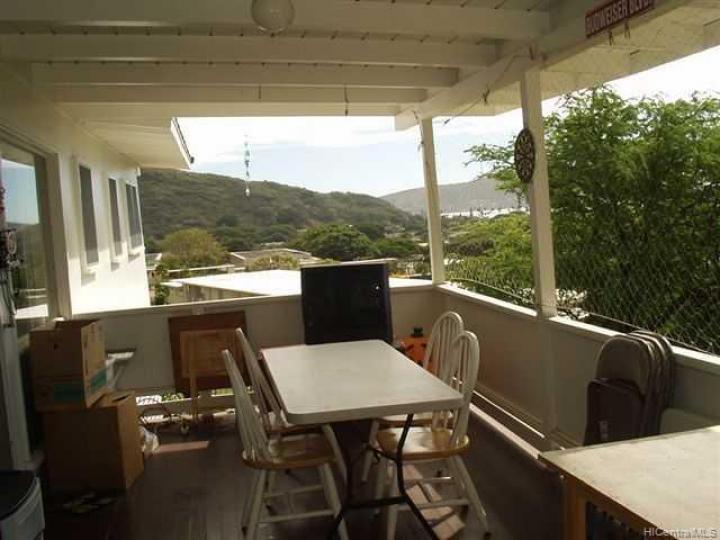 301 Anonia St Honolulu HI Home. Photo 6 of 6