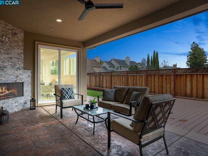 3663 Vine St Pleasanton CA Home. Photo 17 of 40