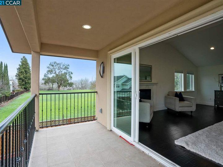 3663 Vine St Pleasanton CA Home. Photo 23 of 40