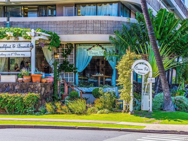 Hawaiian Monarch condo #2703. Photo 21 of 24