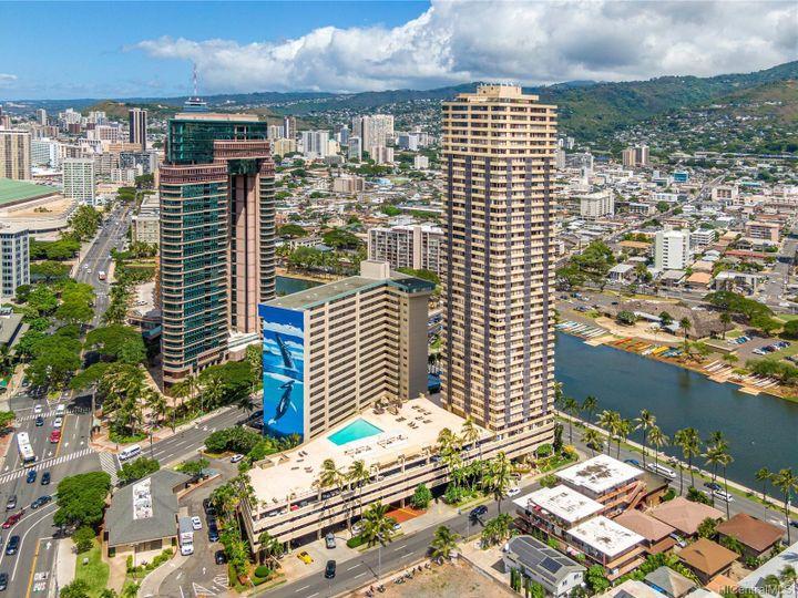 Hawaiian Monarch condo #2703. Photo 23 of 24