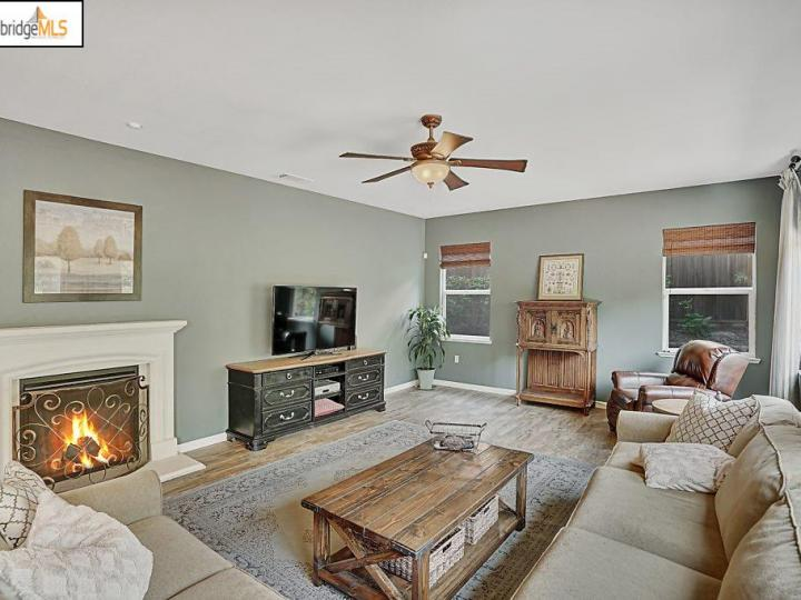5587 Ventry Way Antioch CA Home. Photo 10 of 30