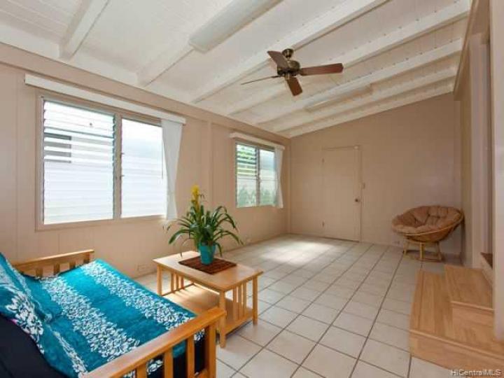 654 Maluniu Ave Kailua HI Home. Photo 8 of 10