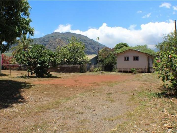 84-934 Hana St Waianae HI Home. Photo 2 of 12