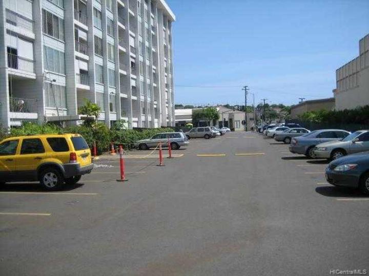 Holiday Parkway condo #509. Photo 2 of 10