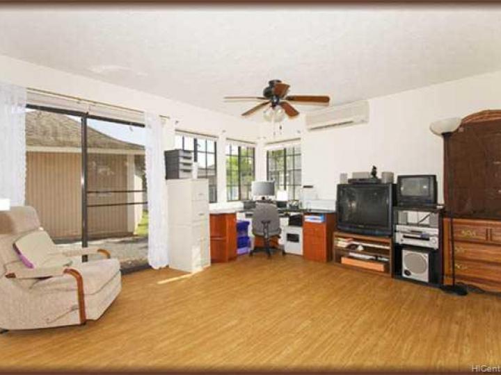 911085 Anaunau St Ewa Beach HI Home. Photo 3 of 9