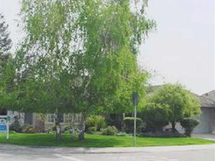 990 Creekside Pl Manteca CA Home. Photo 1 of 9