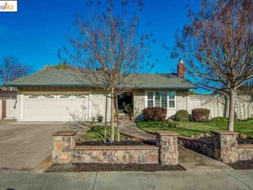 10 Hondo Pl, Rancho Ramon, CA