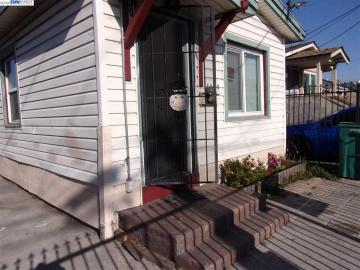 1009 72nd Ave, Oakland, CA
