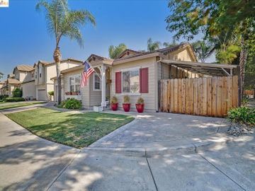 104 Heritage Way Brentwood CA Home. Photo 2 of 31
