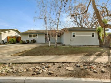 10400 Oakville Ave, Cupertino, CA