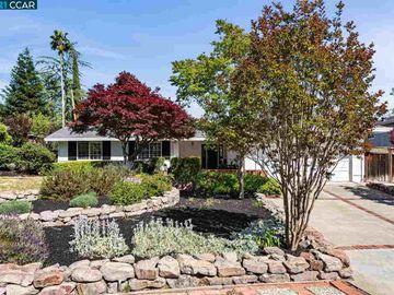 114 Coral Dr, Del Rey, CA