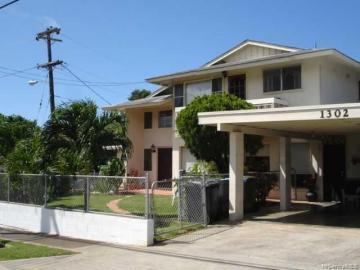 1302 Hele St Kailua HI Home. Photo 1 of 10