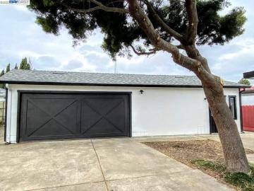 1305 Ruus Ln Hayward CA Home. Photo 4 of 18