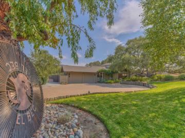 13760 Vista Dorada, Salinas, CA