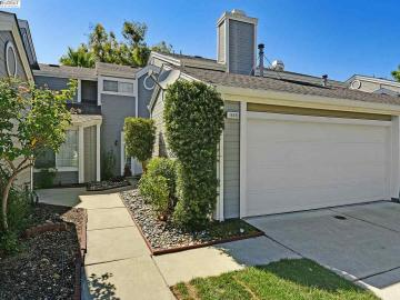 1448 Peachtree Cmn, Heather Glen, CA