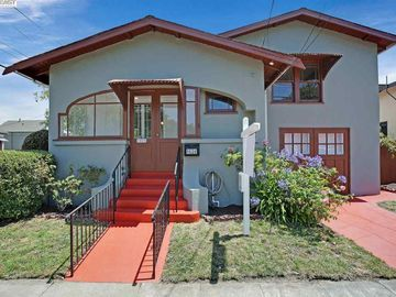 1626 St Charles St, West End, CA