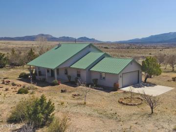 1755 E Grippen Rd, Under 5 Acres, AZ