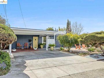 2044 Highland Dr, Manor Crest Vill, CA