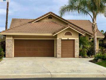 2135 Saint Andrews Ct, Discovery Bay Country Club, CA