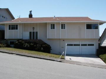 215 Merced Dr, Portola Hilands, CA