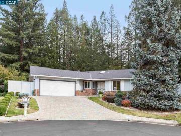 245 Ivy Pl, Moraga, CA