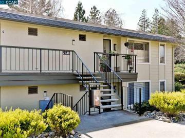 2648 Ptarmigan Dr unit #4, Rossmoor, CA