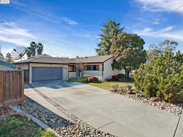 2649 Kennedy St, Leland Heights, CA