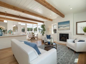284 Central Ave, Pacific Grove, CA