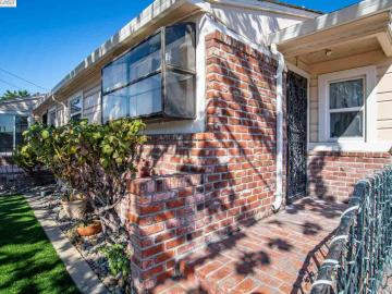 295 E 16th St Pittsburg CA Home. Photo 4 of 23