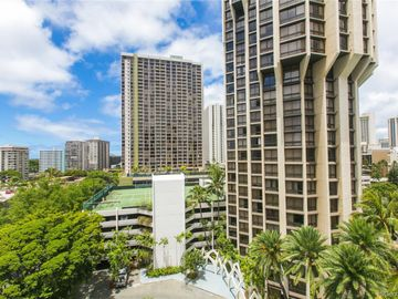 300 Wai Nani Way unit #I2105, Waikiki, HI