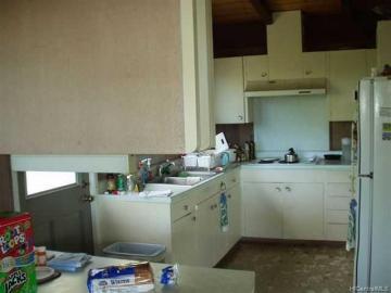 301 Anonia St Honolulu HI Home. Photo 5 of 6
