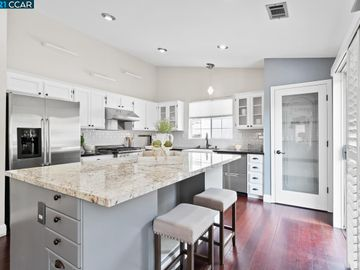 302 Crestview Ave, Westaire Manor, CA