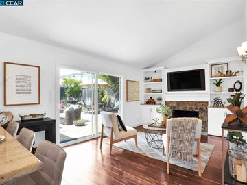 3063 Sandy Way, Town And Country, CA