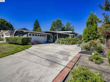 3187 Hillview Ct, Holbrook Heights, CA