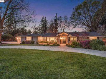 348 Harper Ln, Westside, CA