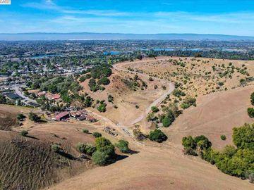350 Mayhews Rd, Niles, CA