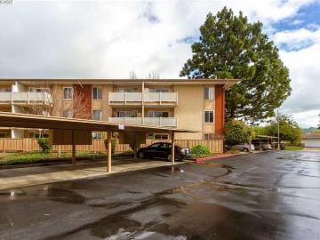 38455 Bronson St unit #223, Parkmont Gardens, CA