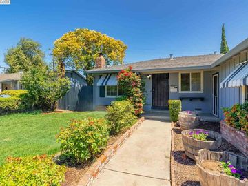 39762 Blacow Rd, Sundale, CA