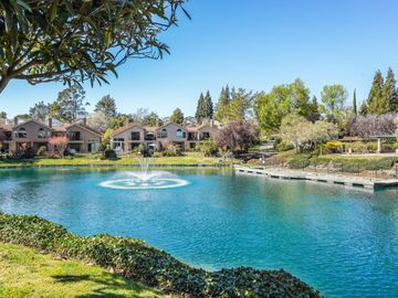 4079 W Lakeshore Dr, Canyon Lakes, CA